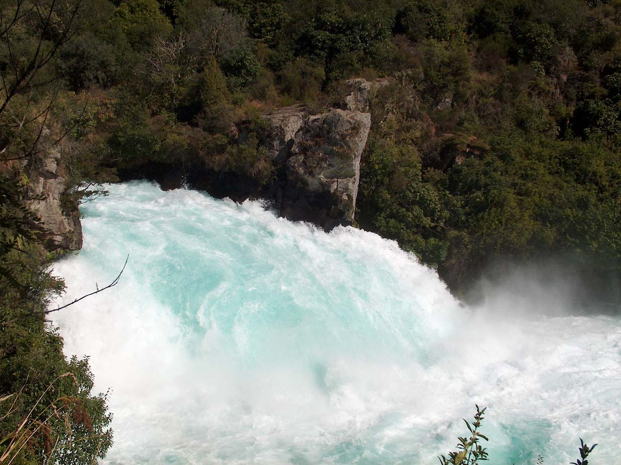North Island - Lake Taupo - Taupo Huka Falls